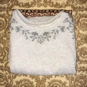 Grey American Eagle Floral Embodied Sweater